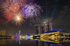 SINGAPORE CITY, SINGAPORE - FEBRUARY 22, 2016: Marina Bay Sands fireworks at  Stock Photos
