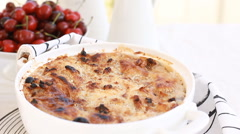 Ramadan recipes celebrating For Eid al-Fitr, Um Ali, Egyptian Bread Pudding Stock Footage