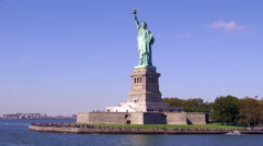 Crowded Statue of Liberty in a Beautiful Day 4K Stock Footage
