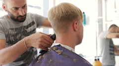 Turkey Barber dub client hair with trimmer Stock Footage