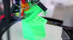 3D printing of green plastic form with cells, closeup Stock Footage