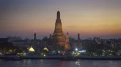 Wat Arun temple at night in Bangkok, Thailand Stock Footage