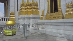 Wat Traimit - temple of Gold Buddha in Bangkok Stock Footage