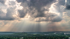 Funkturm Panorama in Richtung Berlin Teufelsberg, dramatischer Himmel Stock Footage