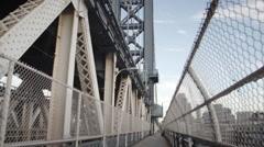 Manhattan Bridge - dolly shot - NYC - establishing shot Stock Footage