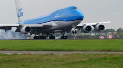 KLM Boeing 747 landing amazing close up ambient audio Stock Footage