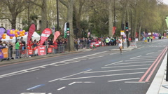 4K Disabled athlete competing in the 2016 London Marathon - Editorial Stock Footage