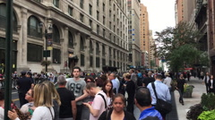 NEW YORK CITY: People wait on the sidewalk for Pope Francis Stock Footage