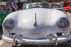 White Porsche 1600 Super Kuvituskuvat