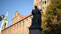 Nicolaus Copernicus Monument in Torun, Poland Stock Footage