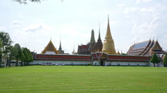 Panorama of Wat Phra Kaew in Grand palace, Bangkok, Thailand Stock Footage