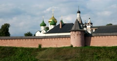 The dome of the Church of the Spaso - evfimiev monastery Stock Footage