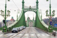 Liberty Bridge or Freedom Bridge in Budapest, Hungary. Kuvituskuvat