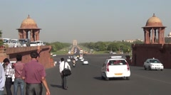 India gate to president house Stock Footage