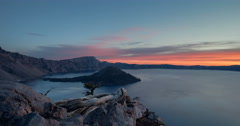Dynamic Sunrise time lapse at Crater Lake National Park sun rise rising Arkistovideo