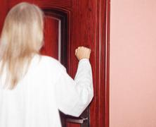 I stand at the door and knock Stock Photos