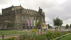 Tilt shot of Semperoper in Dresden Stock Footage