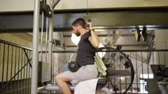 Man makes fitness and musculation Stock Footage