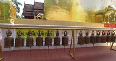 4k - Wat Pra Singh temple - monks Stock Footage