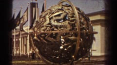 1939: flags flying with liberation. NEW YORK WORLDS FAIR Arkistovideo