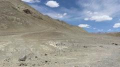 Kargil-Leh Highway : deadliest and adventurous road trips Stock Footage