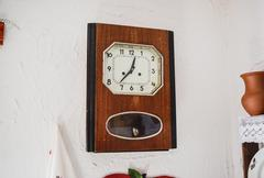 Antique vintage watches. Home Watch the beginning of the twentieth century Kuvituskuvat