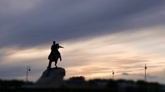 Night falling over Bronze Horseman monument, evening time lapse Stock Footage