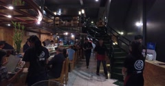 4k - people dining at a sushi bar Stock Footage