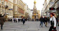 City center of Vienna. Time-lapse of people Stock Footage