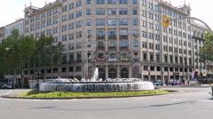 Barcelona, Spain Passeig de Gracia fountain. Stock Footage