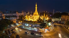 4K time-lapse view of Sule Pagoda with traffic in Yangon, Myanmar Stock Footage