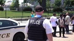 Officer outside of the White House in Washington DC 4k Stock Footage