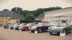 Classic Porsche 911 and Porsche 912 sports cars Arkistovideo