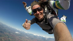 Skydive tandem funny Stock Footage