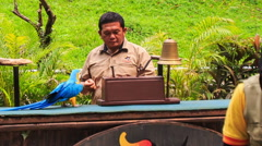 Parrot Counts Guy Fingers at Show in KL Bird Park Stock Footage