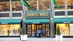 Barnes and Noble Bookstore on Fifth Avenue Midtown Manhattan Stock Footage