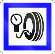 Road sign used in France - Checking tire pressure without filling station Stock Illustration