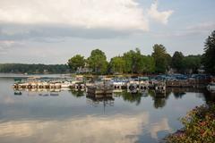 Luxury marina in Atlanta suburbs Kuvituskuvat
