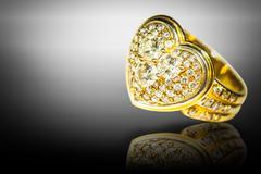 The heart-shaped diamond ring Stock Photos
