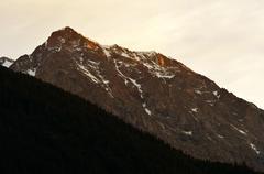Rieserfernergruppe mountain range at sunrise Kuvituskuvat