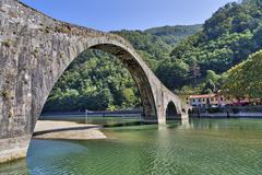 Ponte del Diavolo, devils bridge, Tuscany Italy Stock Photos
