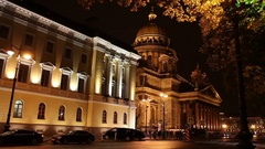 Night street in   St. Isaac's (Isaakievsky) Cathedral  in St. Petersburg Stock Footage