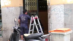 Building maintenance worker Stock Footage