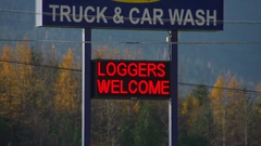 Car and truck wash sign, digital, generic - Open, credit card, welcome Stock Footage
