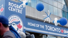 Rogers Centre home of the toronto blue jays Stock Footage