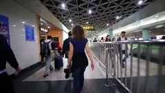 People go in Shanghai subway, Daily passenger flow up to 7 million people Stock Footage