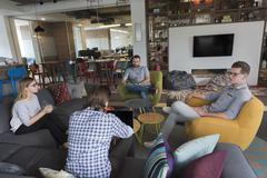 Team meeting and brainstorming Kuvituskuvat