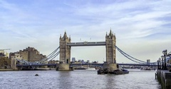 Time lapse view of the iconic Tower Bridge, one of the main landmarks in London Stock Footage