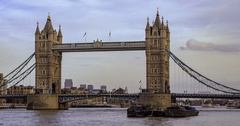 Time lapse panning view of the iconic Tower Bridge Stock Footage