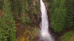 Aerial Shot of Wallace Falls Washington in The Pacific Northwest Arkistovideo